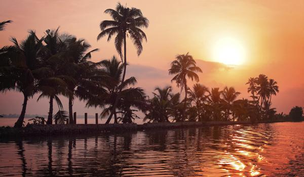 Mind Blowing Photos of India | Kerala Sunset
