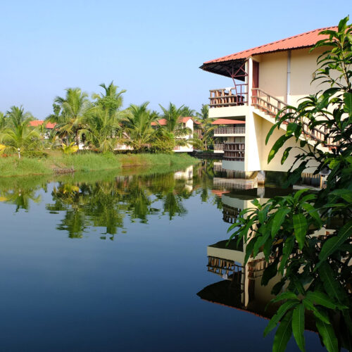 building on kumarakom lake