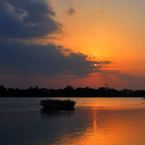 assam-bengal-navigation-boat-sunset