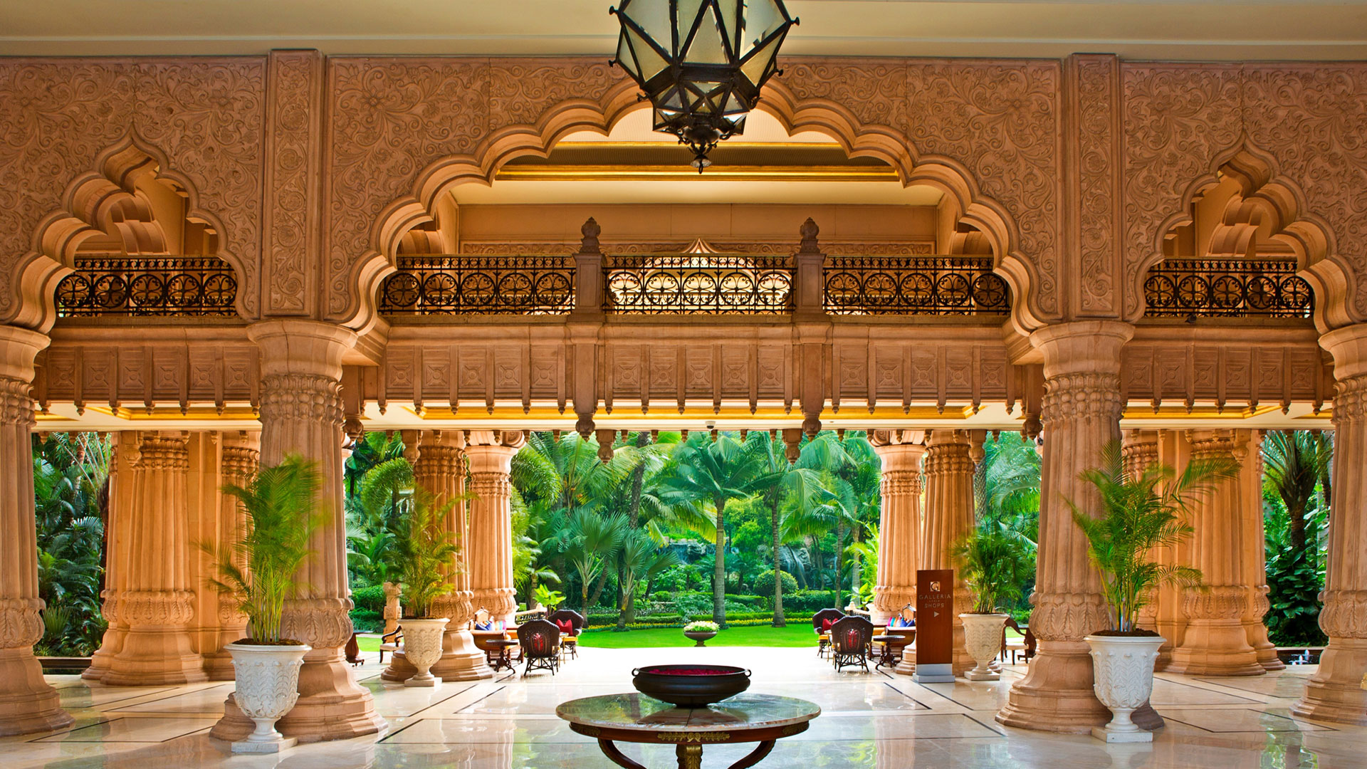 The Leela Palace Bengaluru Karnataka ⋆ Hotel ⋆ Greaves India