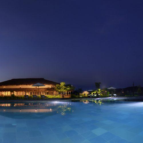 kings-lodge-pool