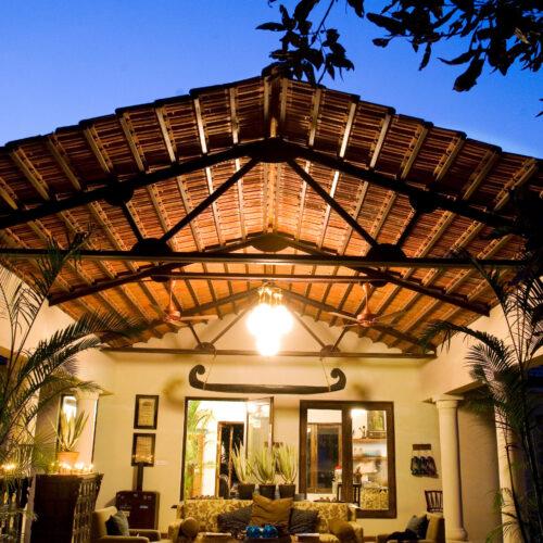 taj-baghvan-inside-lounge