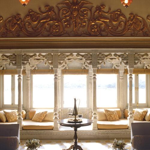 taj-lake-palace-dining