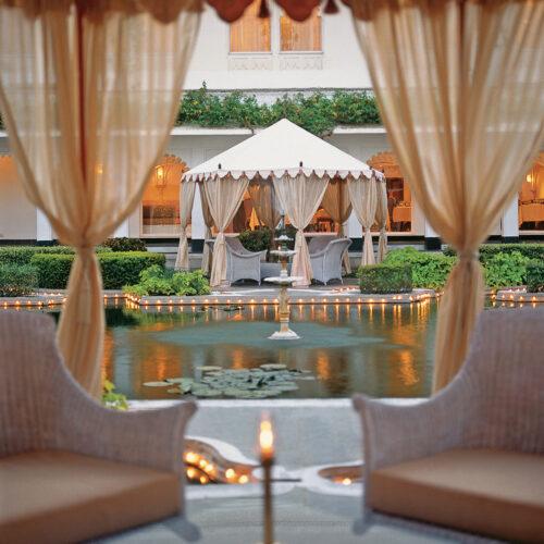 taj-lake-palace-garden