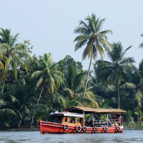 Taj Malabar river excursion