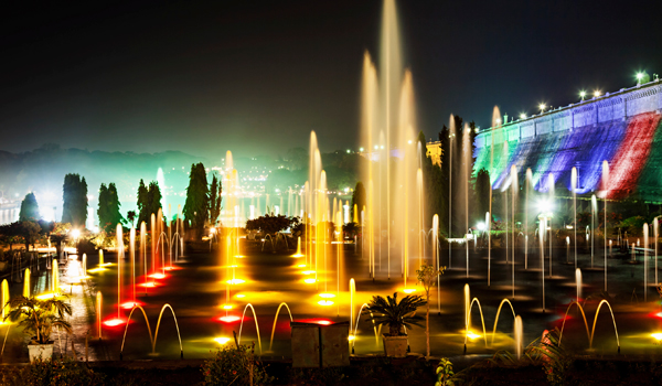 The Brindavan Gardens are famous for their illuminated fountain show © saiko3p/iStock