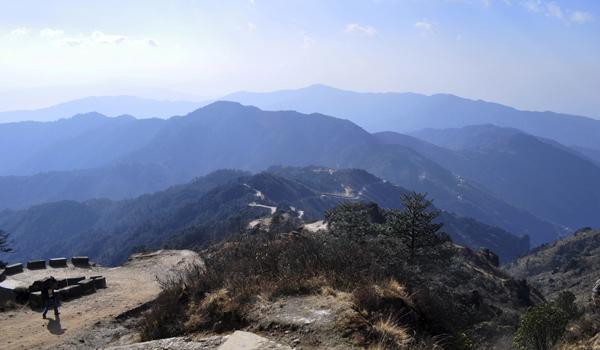 darjeeling-images_foothills_credit-subuchatt_istock_thinkstock-http___www-thinkstockphotos-co