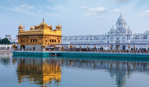 golden-temple-amritsar-_-f9photos-shutterstock