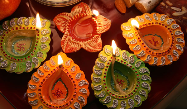 greaves_diwali_colourful-candles_credit-istock_thinkstock