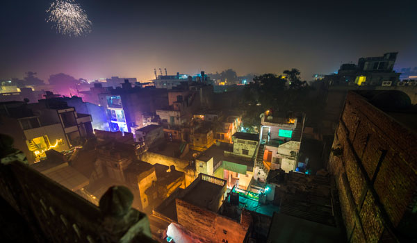 greaves_diwali_fireworks-in-delhi_credit-istock_thinkstock
