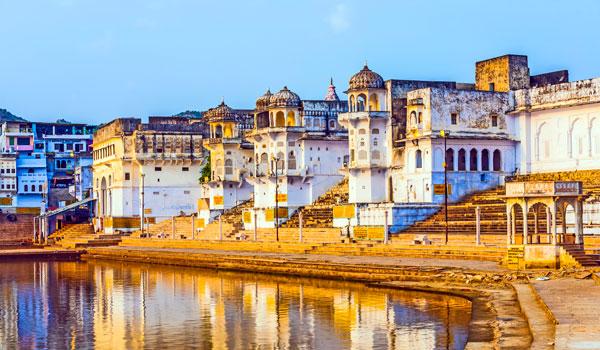greaves_pushkar-camel-fair_pushkar-ghats_credit-istock_thinkstock