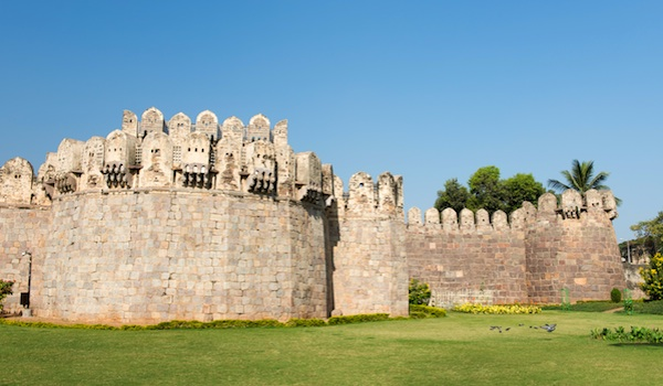 greaves_south_indian_art_golconda___shutterstock_user_ajay_bhaskar-resized