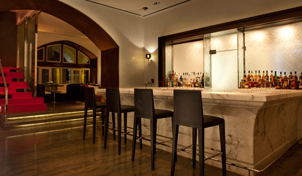 The Harbour Bar at the Taj Mahal Palace Hotel was the city's first licensed lounge bar © Taj Hotels