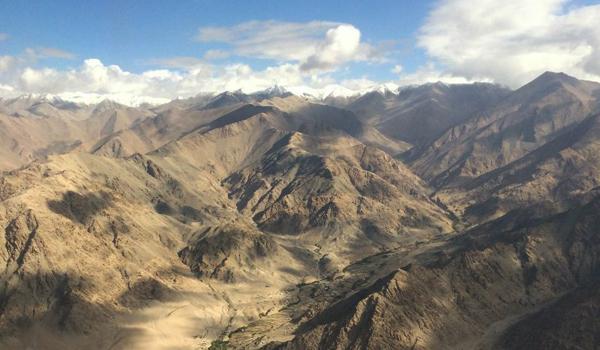 ladakh-trek-_-mountains