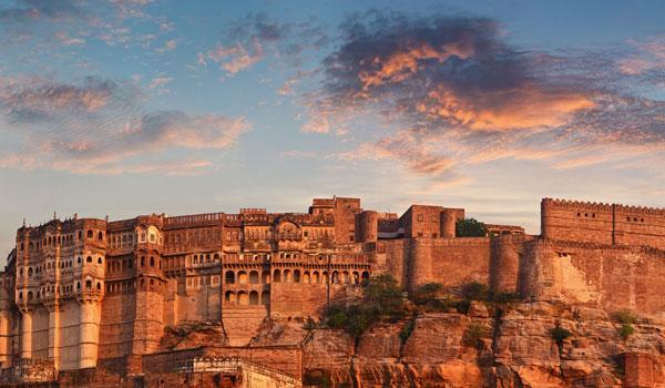 mehrangarh-fort_-jodhpur-_-pzaxe_-shutterstock