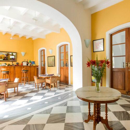 palais_de mahe interior
