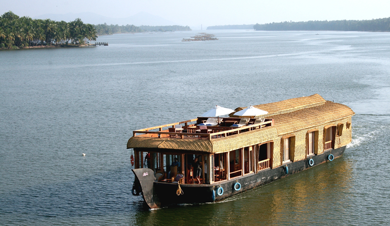 Indian Wellness | Lotus Houseboat