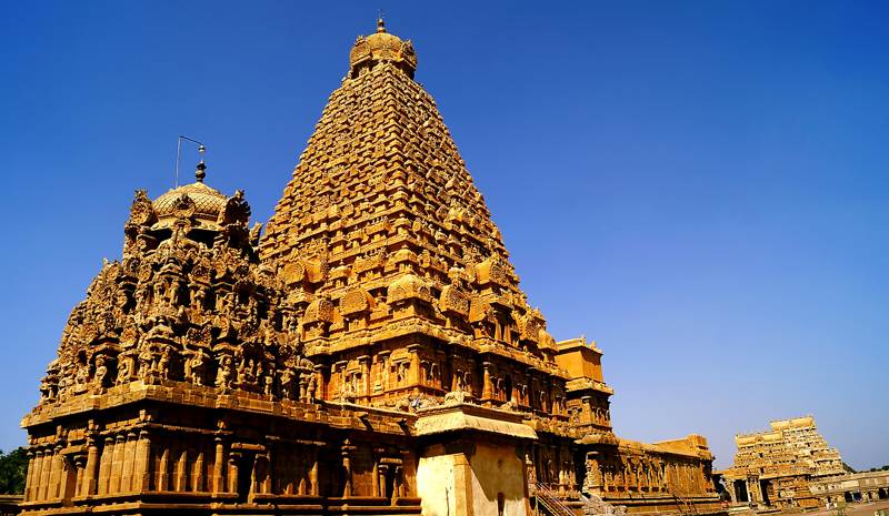 Landmarks in India | Brihadeeswarar Temple