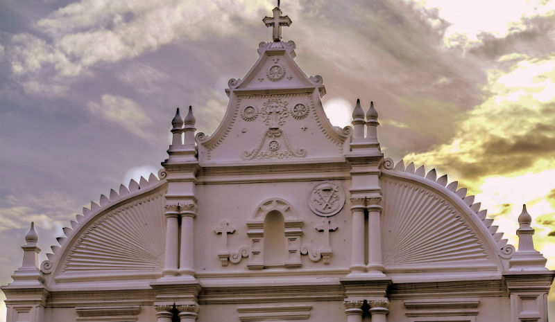 Things to do in Fort Kochi   White church