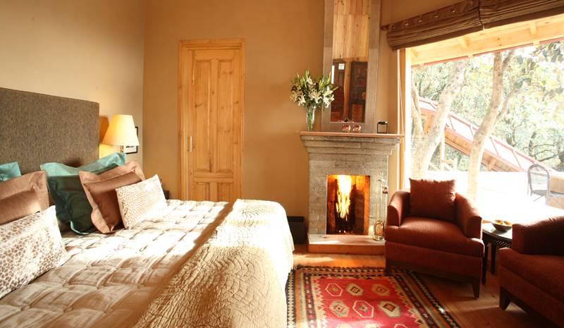 Mary Budden Estate Juniper bedroom, Rhododendron Cottage