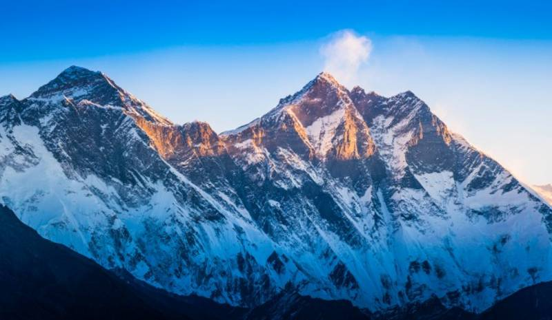 Nepal Honeymoon | Everest
