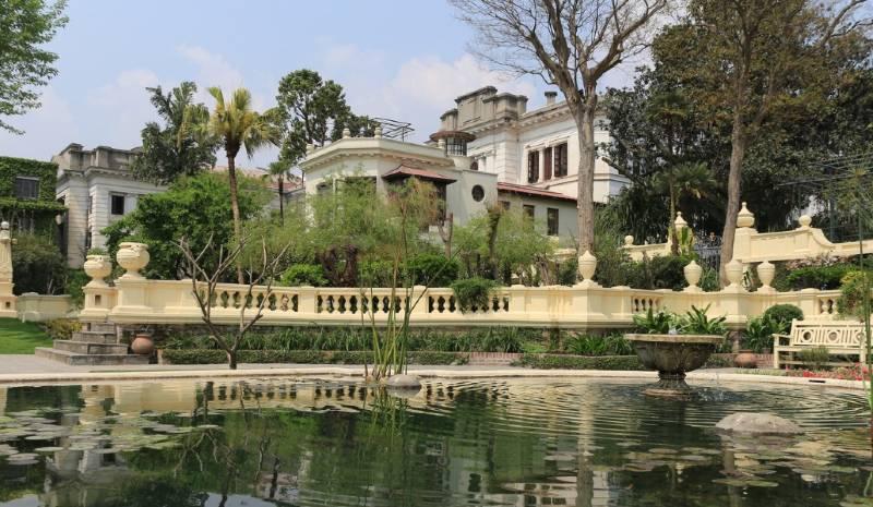 Nepal Honeymoon | Garden of Dreams