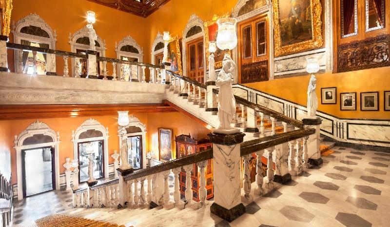 16 Indian Experiences | Taj Falaknuma Palace
